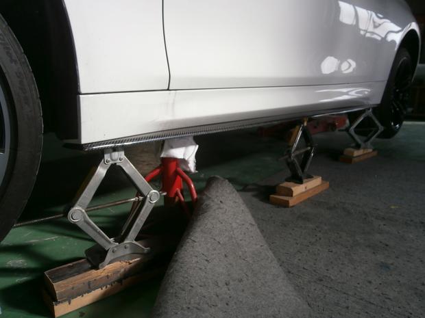 フロントリップスポイラー取付・BMW(CBA-3C30) (3).JPG
