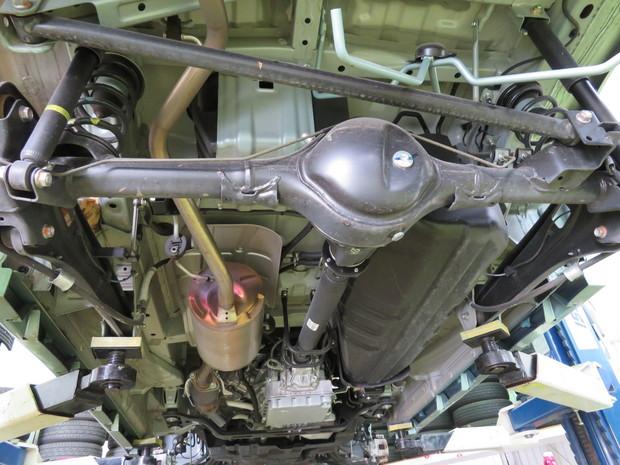 下回り防錆塗装・NV100(DR17W) (2).JPG