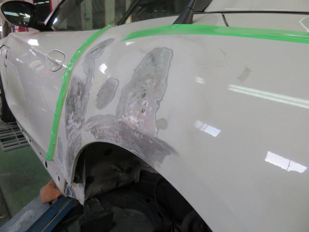 板金・BMW(LL20) (3).JPG