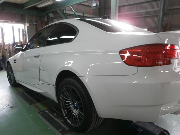鈑金・BMW(ABA-WD40) (3).JPG